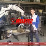 robot han khung