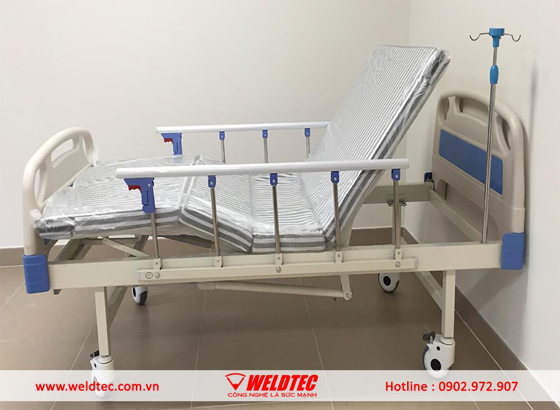Robot hàn giường y tế